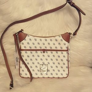 Dooney and Bourke Kimberly crossbody white/navy